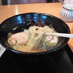 恵比寿 若どり - 博多鶏塩そば(850円)
