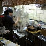 らーめんや亜喜英 - 内観写真:厨房