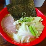 51824770 - 醤油豚骨拉麺¥780
