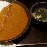 焼肉 いしび - ワカメスープも付いてます。