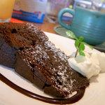 ビジョナリー カフェ スウィーツ - ガトーショコラ