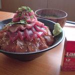 5183266 - メガマグロ丼
