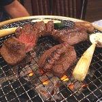 ヒロ ナゴヤ - テートと野菜を焼く