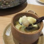 寿司家天神本店 - 茶碗蒸し、本当に熱々で暫く冷まして口に運びました。