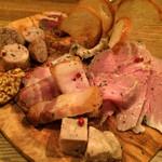 肉ビストロ センバキッチン - シャルキュトリー盛り合わせ レギュラー