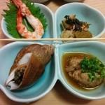 末廣鮨 - 海老、子持ち昆布、つぶ、あん肝