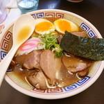 51839263 - チャーシュー麺¥800 +究極の煮玉子¥100