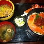 5184185 - サーモン丼とそば