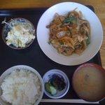 まんぷく食堂 - ロース生姜焼き定食