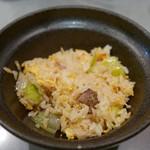 しもがも担々麺 - レタス入り炒飯(小)