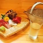 初音 - お造り & 冷酒(竹林)