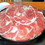 忠ちゃん牧場 ジンギスカンハウス - 2人前ジンギスカンセット(ラム肉、御飯、味噌汁、漬物) 一人前¥1580