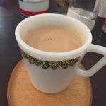 カメイノ食堂 - 今日はこのカップでジンジャーミルクティー!              このフルコースで900円!  最高のコスパです!