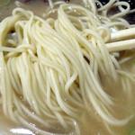 ぼたもち - 「ラーメン」自家製のストレート細麺(カタメン指定)