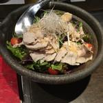 雫はなれ - 前菜:瀬戸内六穀豚のサラダ胡麻ドレッシング