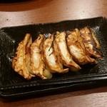 下町の空 - 餃子一人前(99円)
