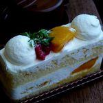 カカオテ - 季節限定*マンゴーショートケーキ(388円)