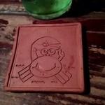 花いちぜん - 陶器のカニが描かれた可愛いコースター