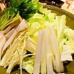51857602 - みつせ鶏の水炊き:野菜
