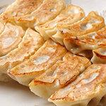 明華楼 - 絶品 焼き餃子