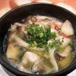 牡蠣バル - 牡蠣とキノコのアヒージョ