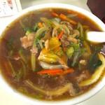 大芳飯店 - 肉そば 750円