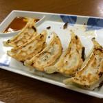 一麺亭 - 一麺定食、餃子