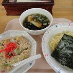東風 - ランチ ラーメン定食 800円