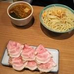 51871467 - ニンニク  麺並  チャーシュー別途注文