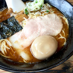 ヨシベー - トンコツお魚ラーメン710円