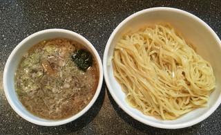 らーめん丸富 - つけ麺 大盛 300g 魚粉/酢なし 850円