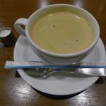 ビストロ シェ リキ - Aセットのドリンクにホットコーヒー選択
