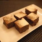 BLT STEAK  ROPPONGI - お茶菓子 (チョコレート ブラウニー)
