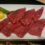 近江牛一筋 農家レストラン だいきち - 近江牛網焼きランチのお肉(^_-)