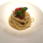 51878956 - グラニャーノ産スパゲッティー サンマルツァーノ                         トマトバジル   モチモチでトマトが甘い
