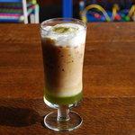 ザ バルーンマーケット - 目にも楽しいカフェ抹茶。爽やかな苦みのアクセントがたまりません。