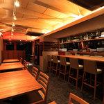 ビストロ K - 店内イメージ(現在はご予約状況に合わせ、カウンター4~5席、テーブル2名席×6~7にしています。)