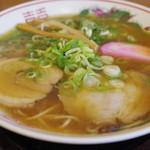 まるよし - 料理写真:中華そば