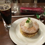 珈琲舎 - パンケーキ、アイスコーヒー