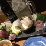 男魚魚 - 刺し盛り この日は8点盛り で 980円!