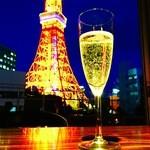 ESCRIBA - タワーの夜を泡と共に…