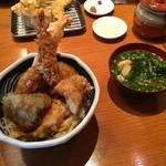 51891914 - 天丼、味噌汁