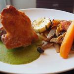 洋食のラグー - 料理写真:うめ鶏のチキンソテー