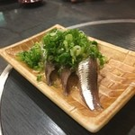 虎寿司 - イワシ