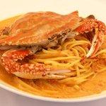ビストロ フレッシュ - 料理写真:渡りガニのトマトクリームパスタ¥1370
