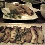 519574 - エリンギのソテー・ローズマリー風味、とり皮餃子