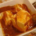 スリランカ・インド家庭料理 TANGALLE - ランチの豆腐カレーです 日本の豆腐を使ったカレー