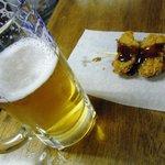 沖野水産 - ビールと牡蠣フライ
