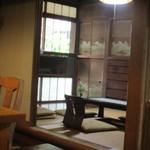 小机邸喫茶室 安居 - 奥の和室も席になってるようです