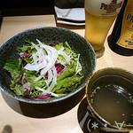 炭火・焼鳥 鶫 - [お通し]サラダ&スープ